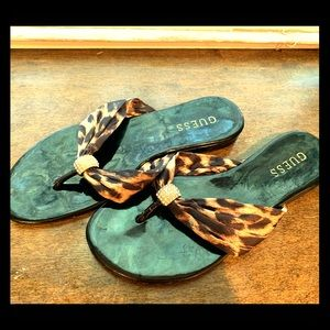 GUESS like new Leopard print sandals!!!  SO CUTE!!